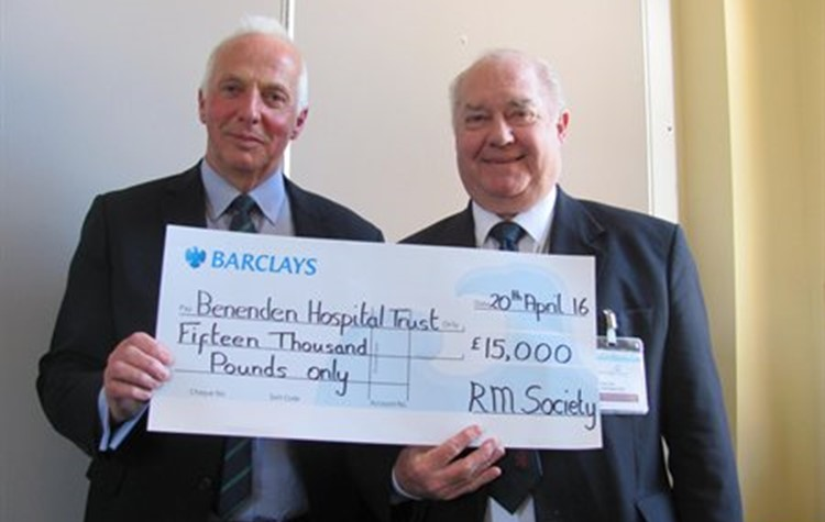 Benenden Hospital presented with cheque